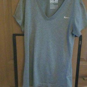 Nike Dri-Fit size small tshirt